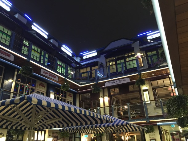 Kingly Court